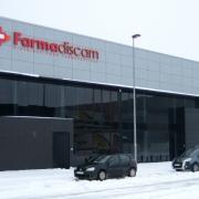 Edificio administrativo para Farma Scam